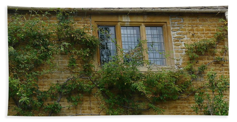 Window Bath Sheet featuring the photograph English Cottage Window by Denise Mazzocco