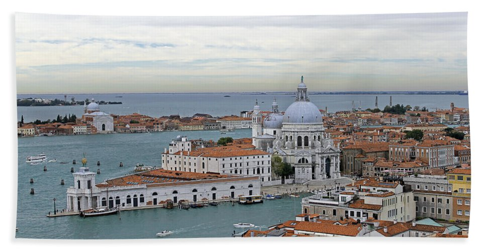 Grand Canal Bath Sheet featuring the photograph Entrance To Grand Canal Venice by Tony Murtagh