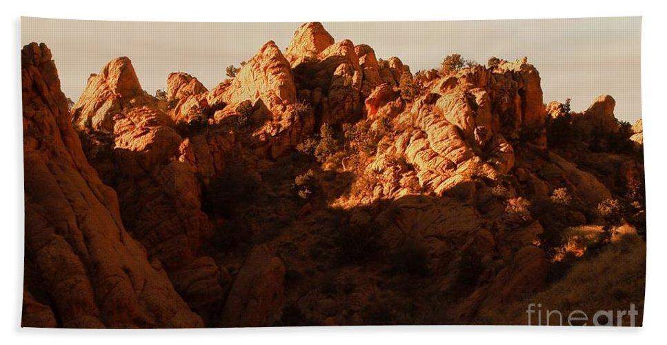 Color Photo Hand Towel featuring the digital art Escalante Ridge by Tim Richards