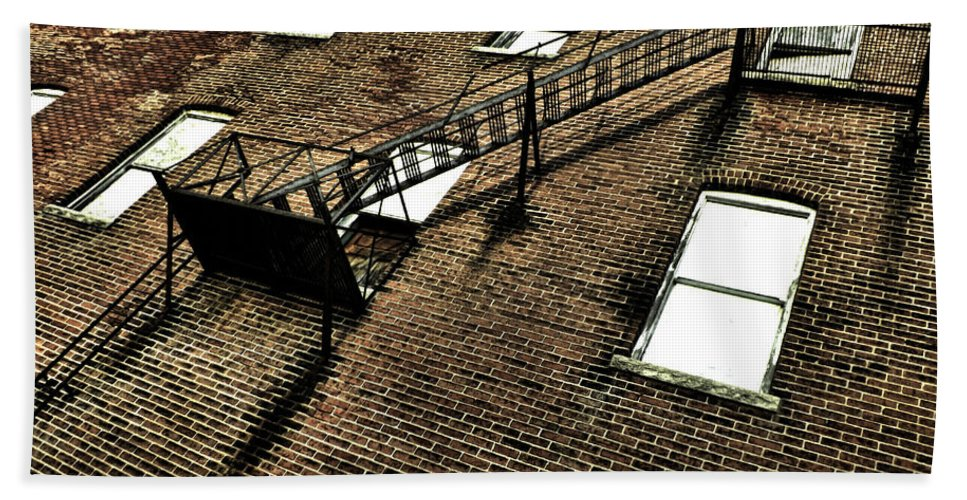 Abandoned Building Bath Sheet featuring the photograph Escape To Nothing by Kristie Bonnewell