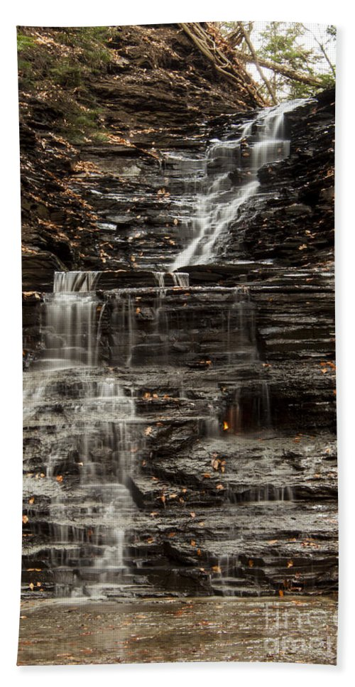 Waterfall Hand Towel featuring the photograph Eternal Flame Waterfalls by Darleen Stry
