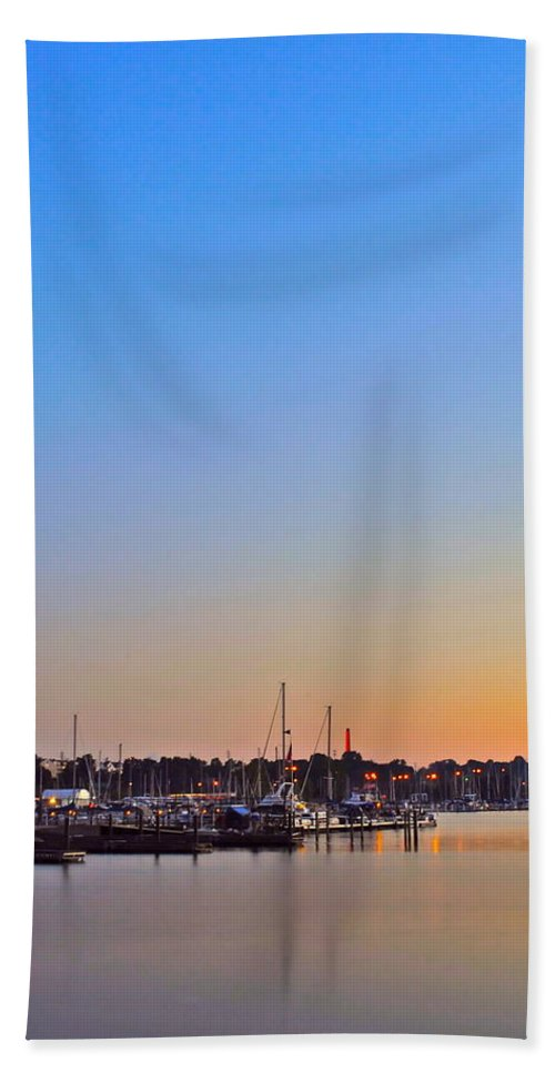 Sunset Bath Sheet featuring the photograph Evening Glow by Frozen in Time Fine Art Photography