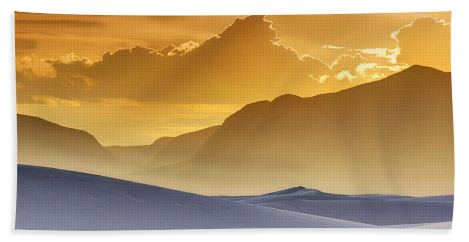White Sands Bath Towel featuring the photograph Evening Stillness - White Sands Sunset by Nikolyn McDonald