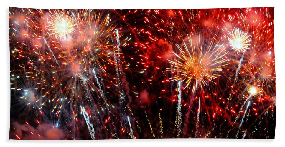 Fireworks Hand Towel featuring the photograph Explode by Diana Angstadt