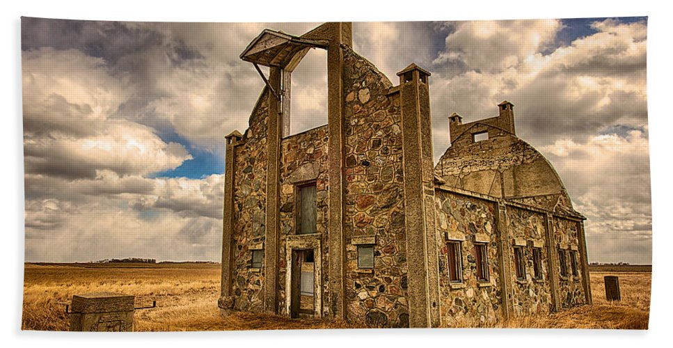 F. Schott Stone Barn Bath Sheet featuring the photograph F. Schott Stone Barn by Craig Voth