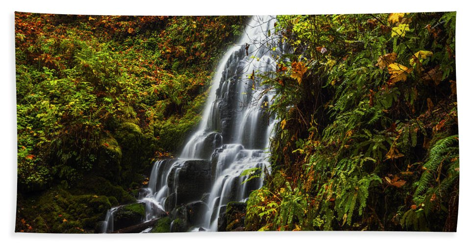 Fairy Falls Hand Towel featuring the photograph Fairy Falls Autumn In Columbia River Gorge Oregon Usa by Vishwanath Bhat