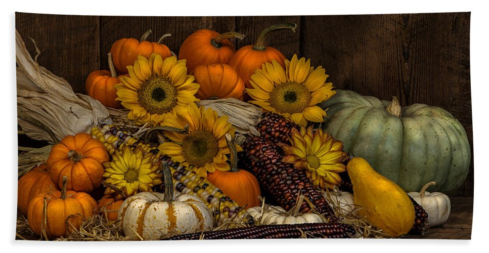 Corn Hand Towel featuring the photograph Fall Assortment by Randy Walton