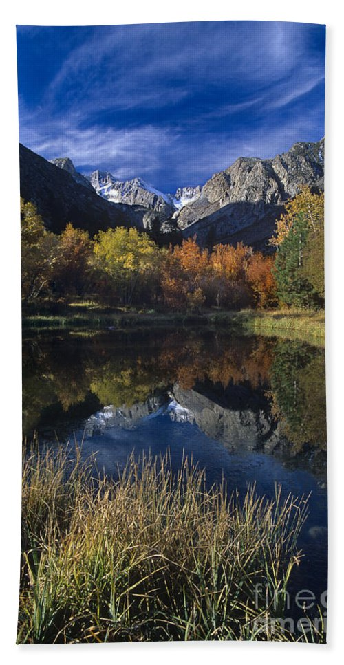 North America Hand Towel featuring the photograph Fall Color And Reflection Below Middle Palisades Glacier California by Dave Welling