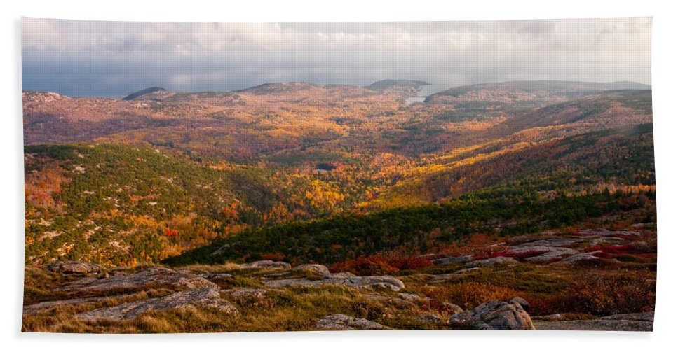 Landscape Hand Towel featuring the photograph Fall Colors Of Acadia 6656 by Brent L Ander