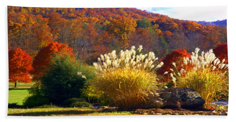 Fall Landscape Bath Sheet featuring the photograph Fall Foilage In The Mountains by Jennifer Stackpole
