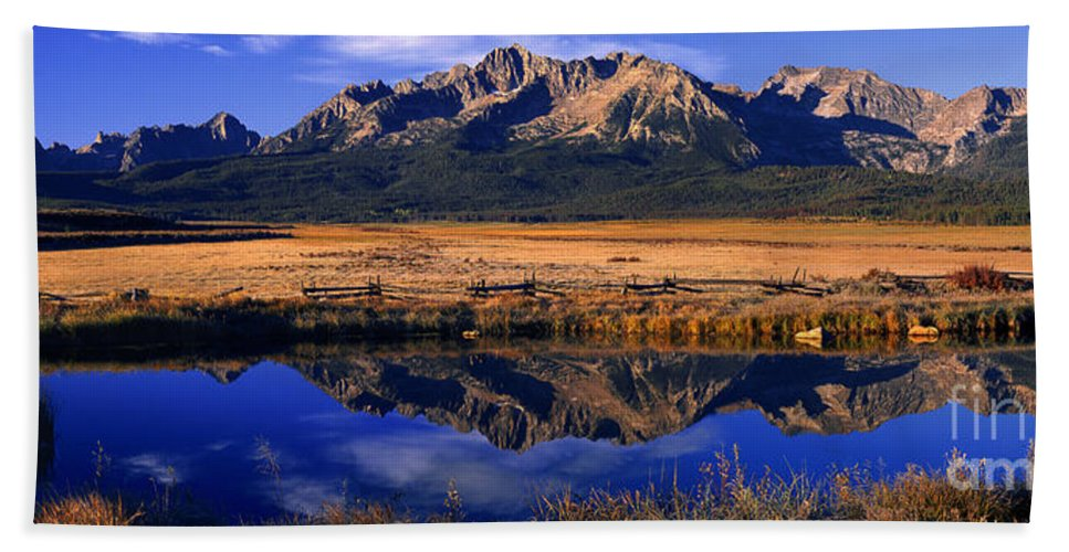North America Bath Sheet featuring the photograph Fall Reflections Sawtooth Mountains Idaho by Dave Welling