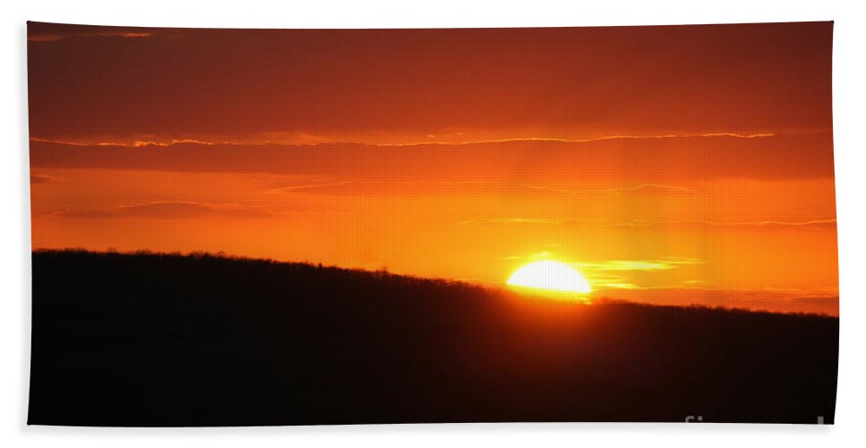 Sunset Bath Sheet featuring the photograph Falling Sun by Neal Eslinger