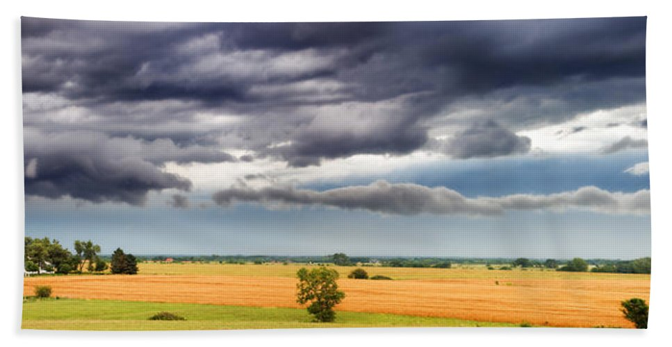 Farmhouse Hand Towel featuring the photograph Farmhouse In The Storm Panorama by Eric Benjamin