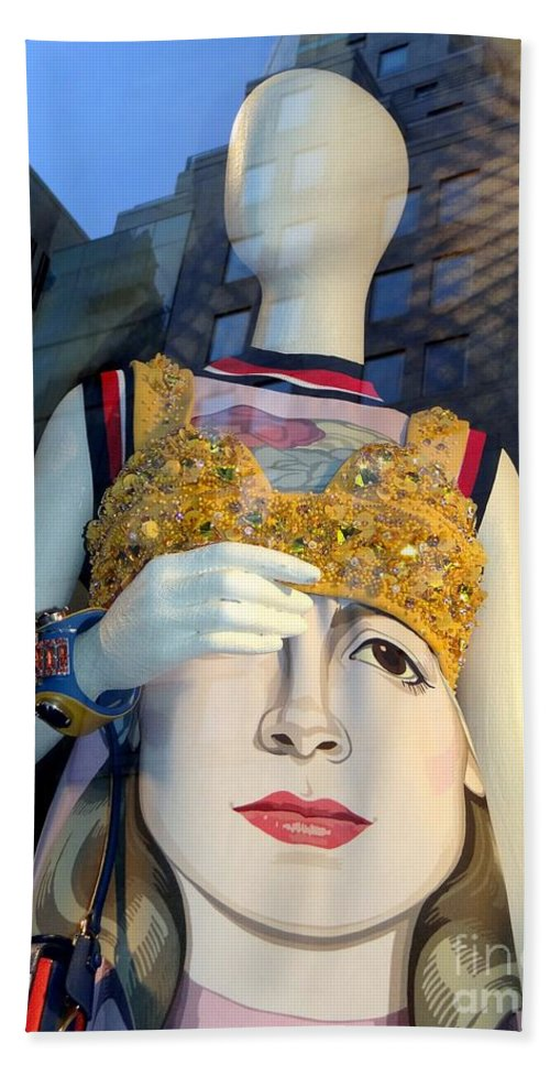 Mannequins Hand Towel featuring the photograph Fashion Face by Ed Weidman