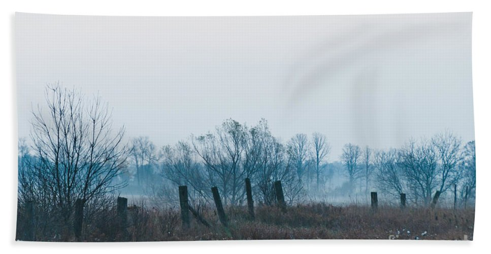 Landscapes Hand Towel featuring the photograph Fence In The Fog by Cheryl Baxter