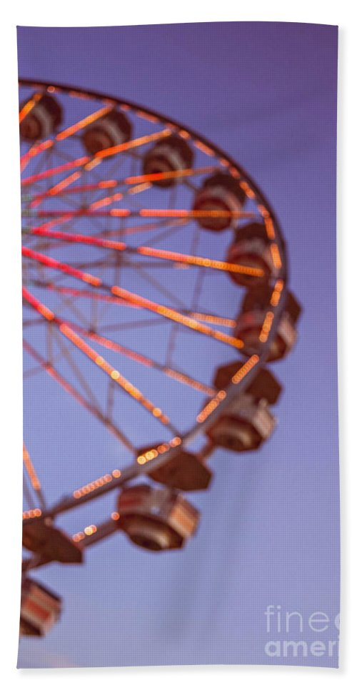 Ferris Wheel Hand Towel featuring the photograph Ferris Wheel At Dusk by Bethany Helzer