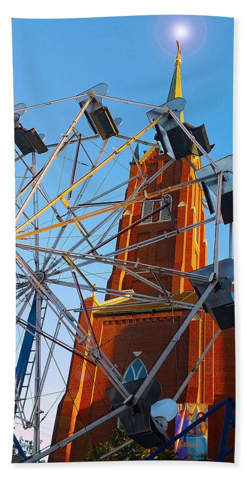 Church Bath Sheet featuring the photograph Ferris Wheel by Kimberlee Marvin