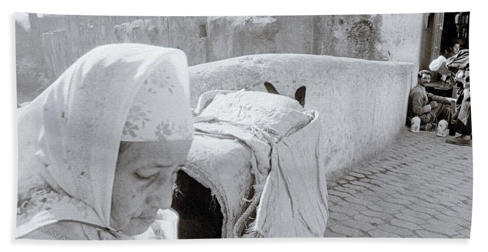Fez Hand Towel featuring the photograph Fez Old City by Shaun Higson