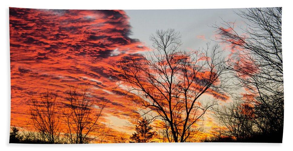 Sundown Hand Towel featuring the photograph Fiery Sundown by Linda Shannon Morgan