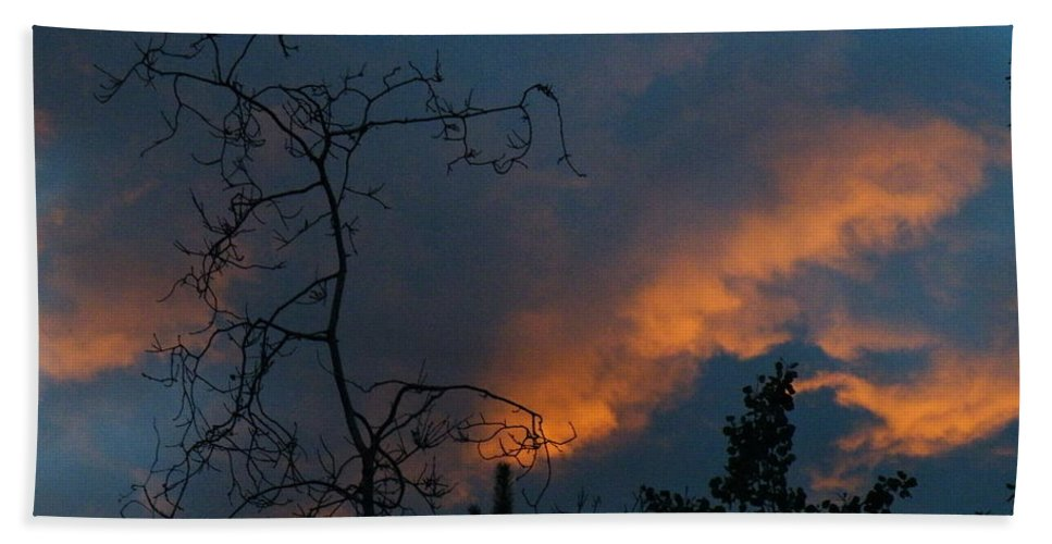 Fire Bath Sheet featuring the photograph Fire In The Sky by Brian Boyle