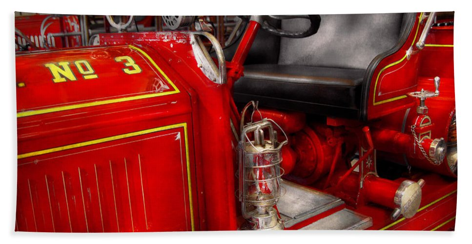 Savad Hand Towel featuring the photograph Fireman - Fire Engine No 3 by Mike Savad