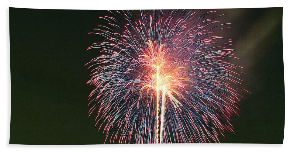 Fireworks At Night Bath Sheet featuring the painting Fireworks At Night 9 by Jeelan Clark