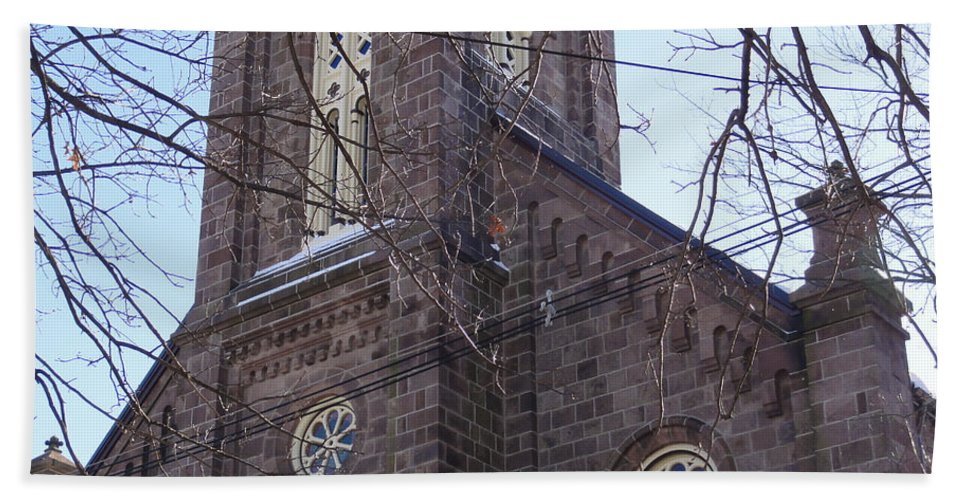 Architecture Hand Towel featuring the photograph First Baptist Church by Christopher Plummer