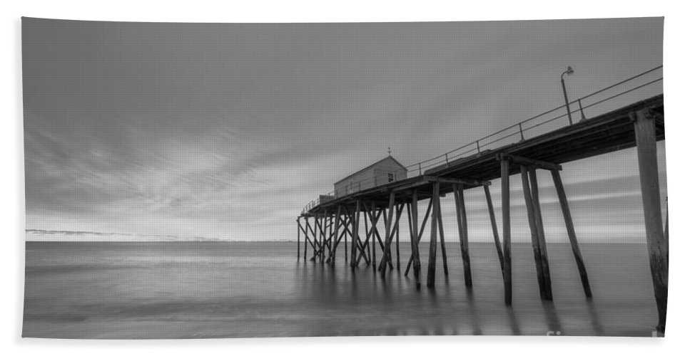 Fishing Pier Sunrise Hand Towel featuring the photograph Fishing Pier Sunrise Bw by Michael Ver Sprill