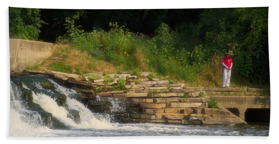 Marsh Hand Towel featuring the photograph Fishing The Spillway by Thomas Woolworth