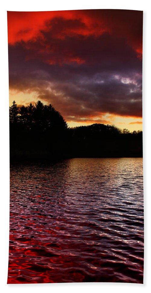 Sunset Bath Sheet featuring the photograph Fleeting Beauty by Rob Blair