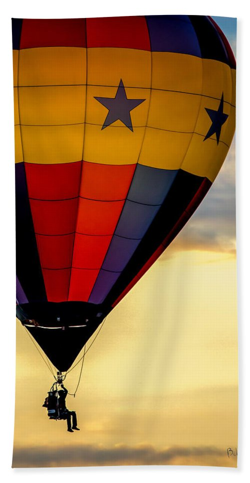 Hot Air Balloon Bath Sheet featuring the photograph Floating Free by Bob Orsillo