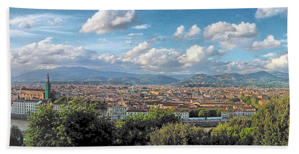 Florence Hand Towel featuring the photograph Florence Panorama by C H Apperson