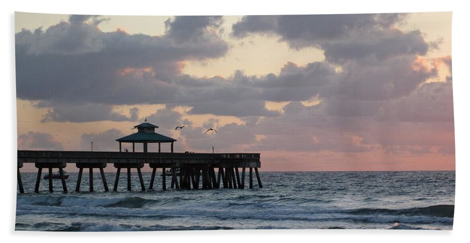 Florida Hand Towel featuring the photograph Florida Fishing Pier by MTBobbins Photography