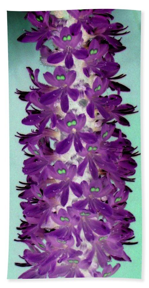 Flower Bath Sheet featuring the photograph Flower Power 1223 by Pamela Critchlow
