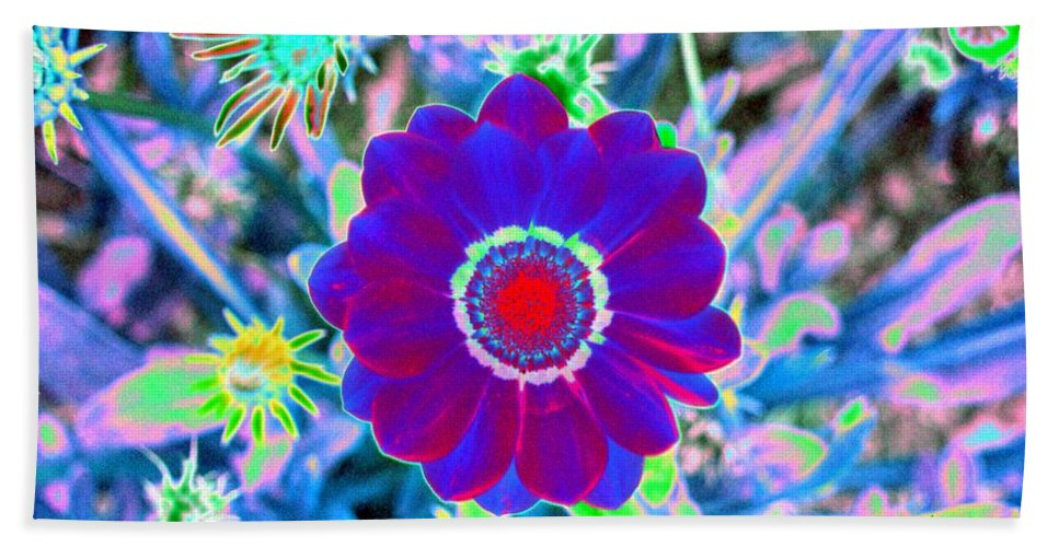 Flower Bath Sheet featuring the photograph Flower Power 1458 by Pamela Critchlow