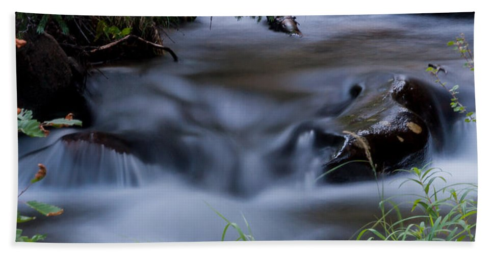 Nature Hand Towel featuring the photograph Fluid Beauty by Steven Reed