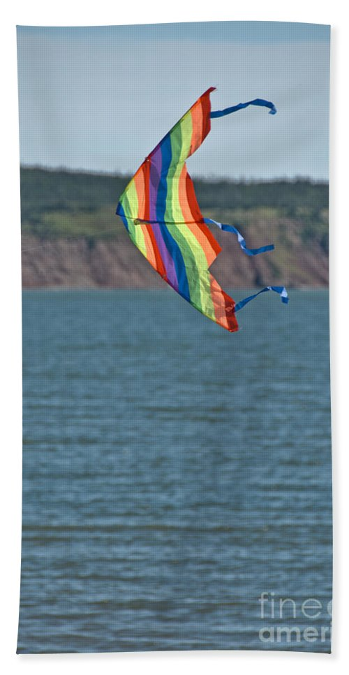 Bath Sheet featuring the photograph Flying Kite by Cheryl Baxter