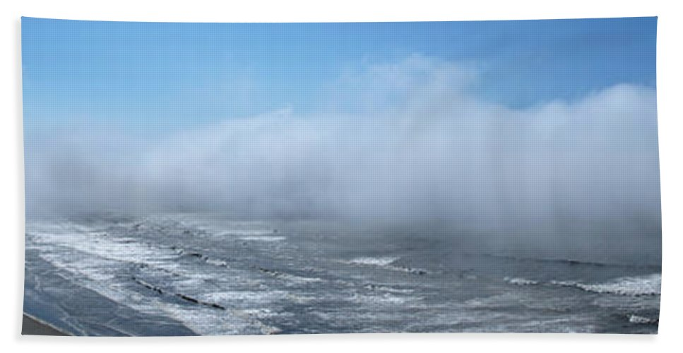 Panoramic Bath Sheet featuring the photograph Fog Advances On The Oregon Coast by Mick Anderson