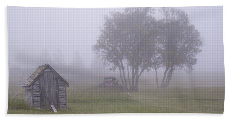Fog Bath Sheet featuring the photograph Foggy Farm Yard by Marty Saccone