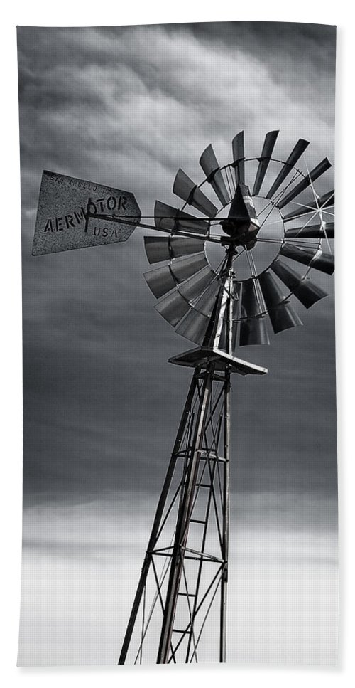 Aermotor Bath Sheet featuring the photograph Forboding Skies by Guy Whiteley