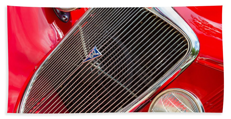 01a Hand Towel featuring the photograph Ford Roadster V8 by Inge Johnsson