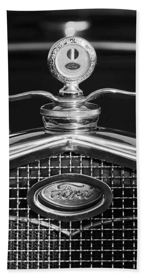 Ford Motometer Hand Towel featuring the photograph Ford Winged Hood Ornament Black And White by Jill Reger