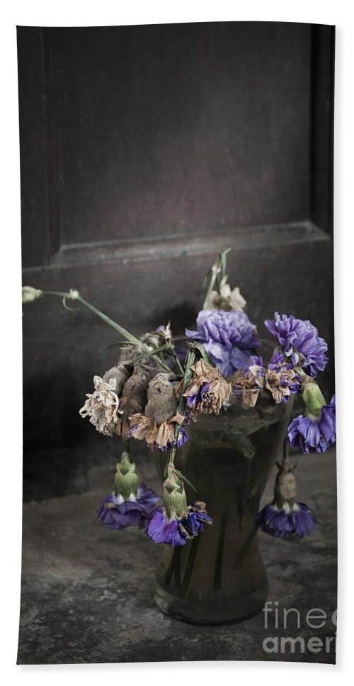 Dead Hand Towel featuring the photograph Forgotten Flowers by Svetlana Sewell