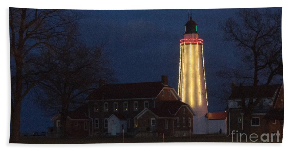 Lighthouse Hand Towel featuring the photograph Fort Gratiot Lighthouse And Buildings by Ronald Grogan