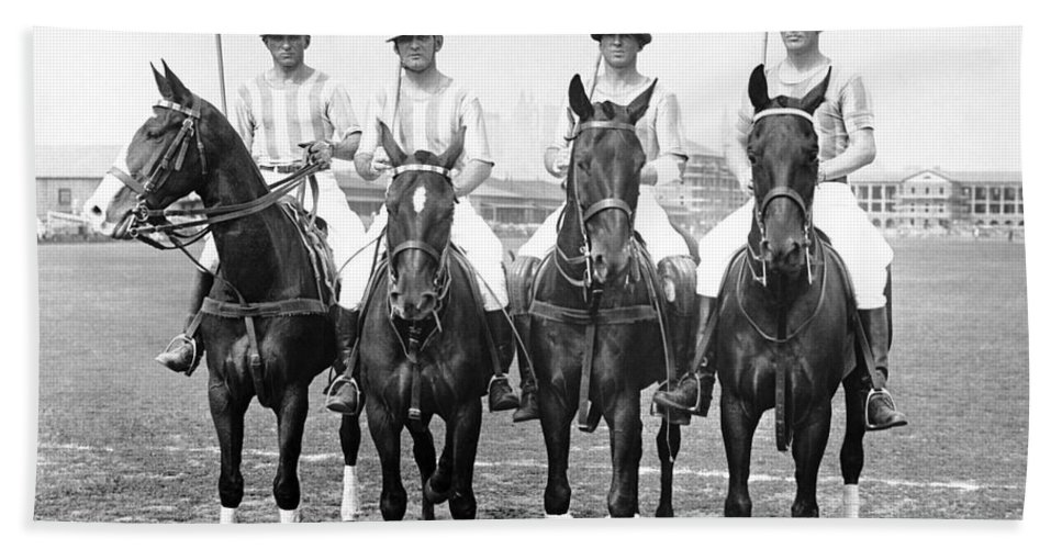 1920s Bath Towel featuring the photograph Fort Hamilton Polo Team by Underwood Archives