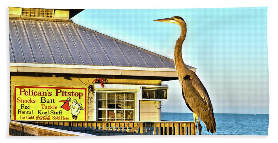 Fort Myers Beach Florida Bath Sheet featuring the photograph Fort Myers Beach Bird On Pier by Timothy Lowry