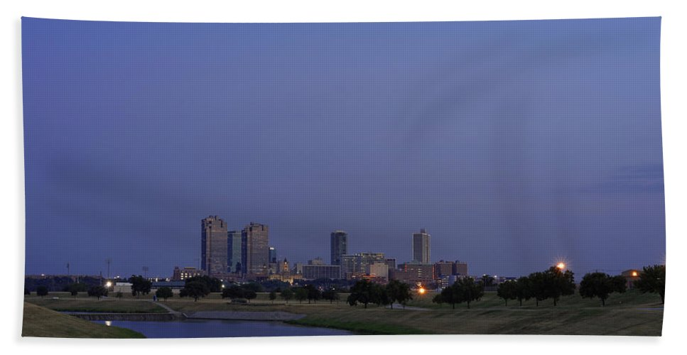 Fort Worth Bath Sheet featuring the photograph Fort Worth Sunset Skyline by Jonathan Davison