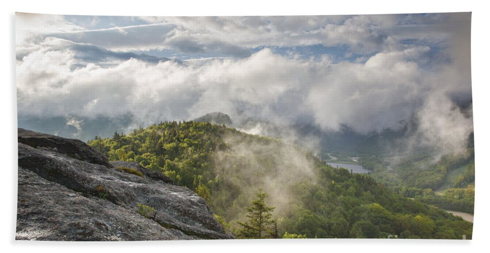 Atmosphere Bath Towel featuring the photograph Franconia Notch State Park - New Hampshire White Mountains by Erin Paul Donovan