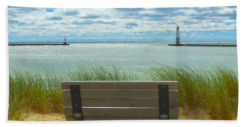 Lighthouse Bath Sheet featuring the photograph Frankfort Lighthouse Front Row Seats Available by Ted Lepczynski