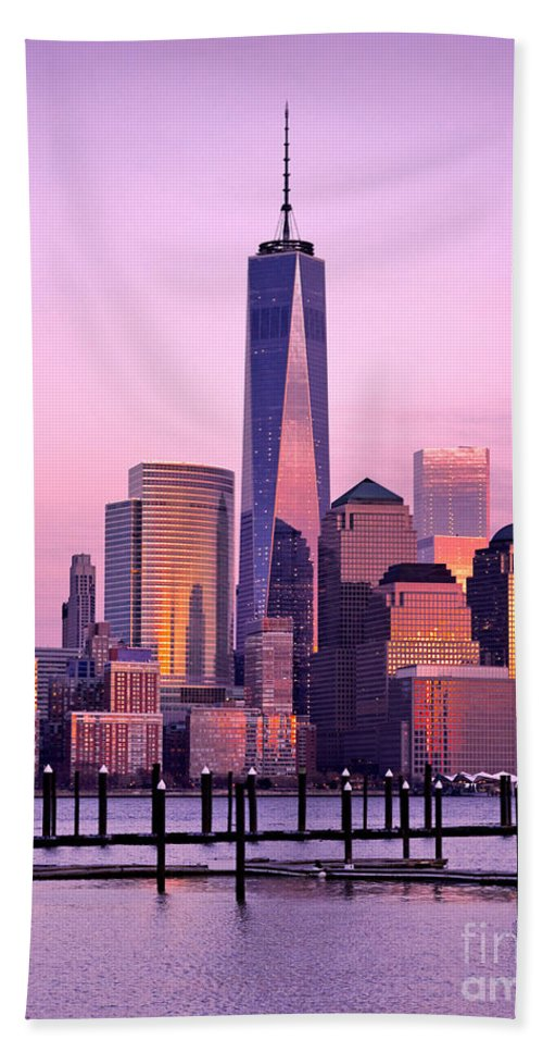 8 Spruce Street Hand Towel featuring the photograph Freedom Tower Nyc by Jerry Fornarotto